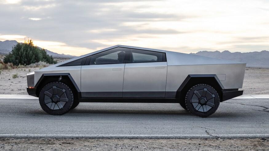 Tesla-Cybertruck-Electric-Pickup-Truck-Profile-View-2.jpg