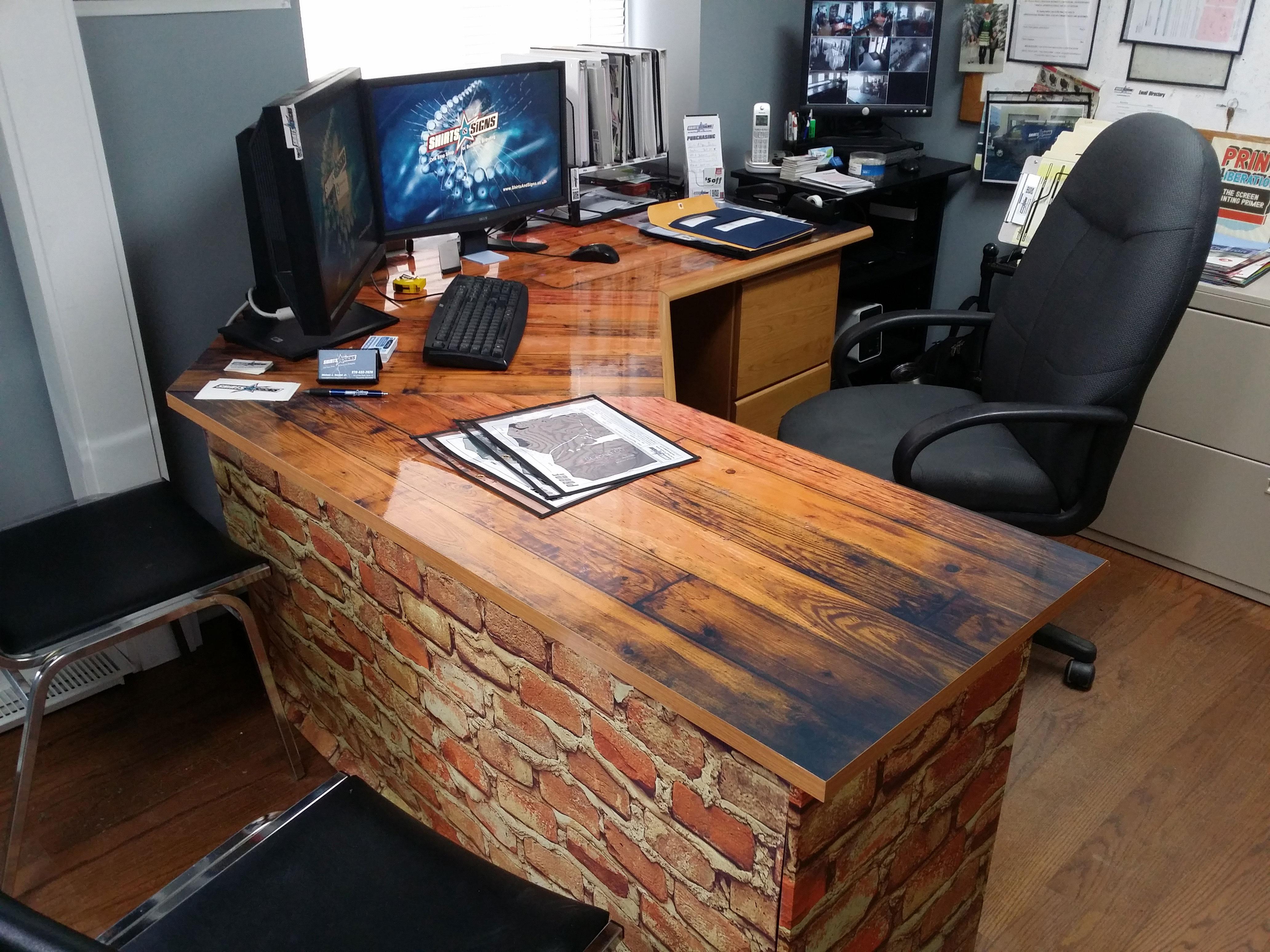 Desk Wrap